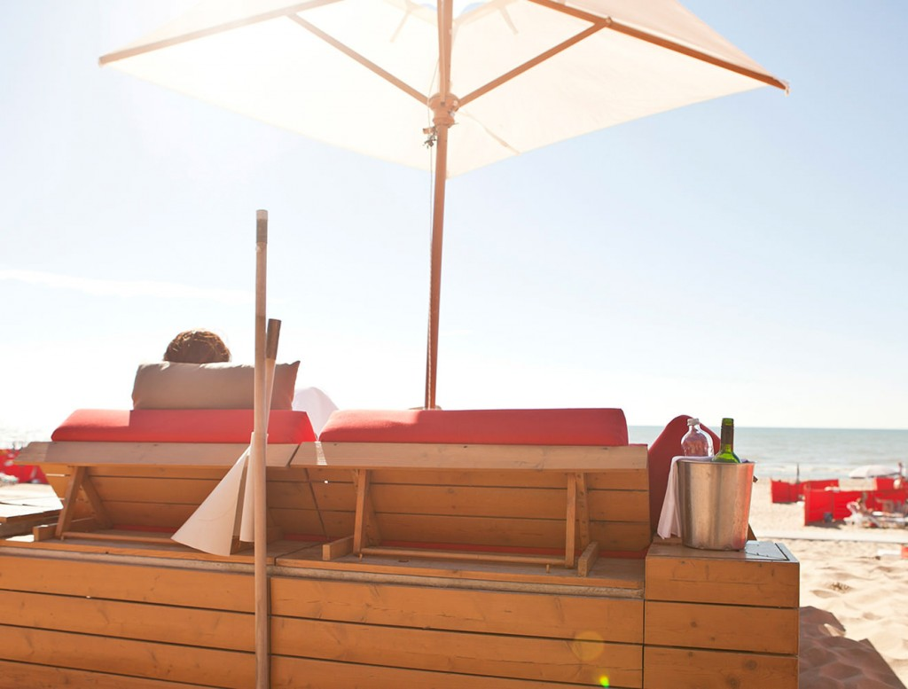 Leave your worries in the sand | Vesper Hotel
